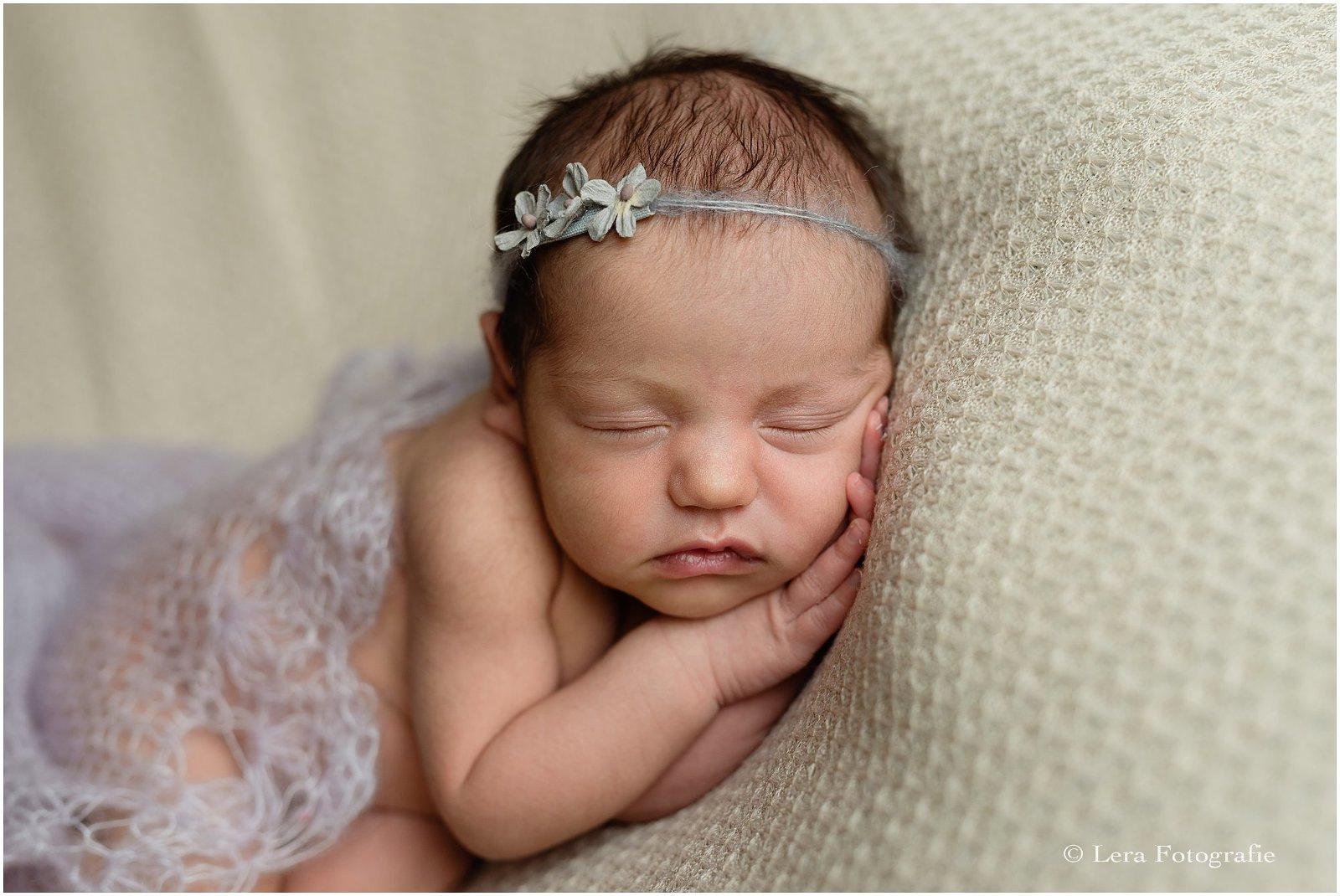 newborn meisje foto